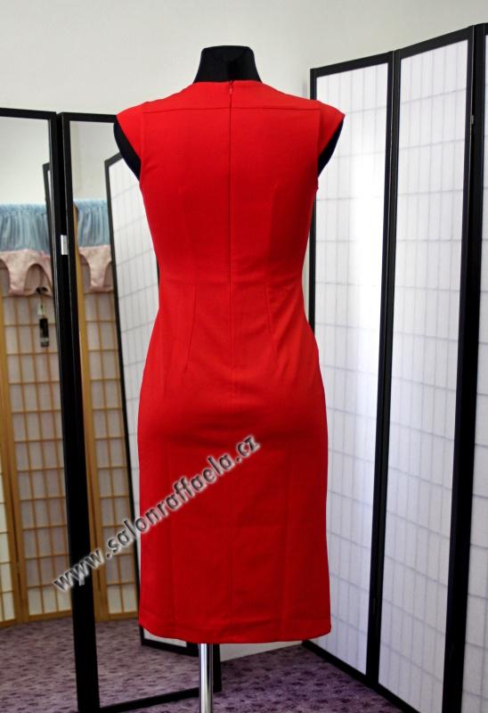 Lososové pouzdrové šaty s krátkým rukávem - vel. 40 L 0d80f890871